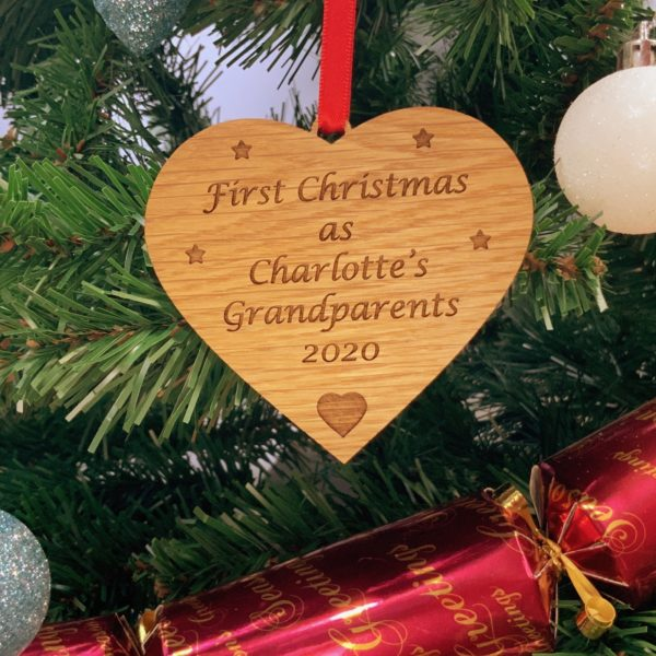 heart christmas bauble grandparent personalised 18