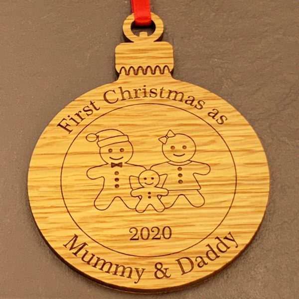 round christmas bauble mummydaddy not personalised 13