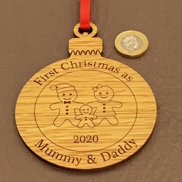 round christmas bauble mummydaddy not personalised 15