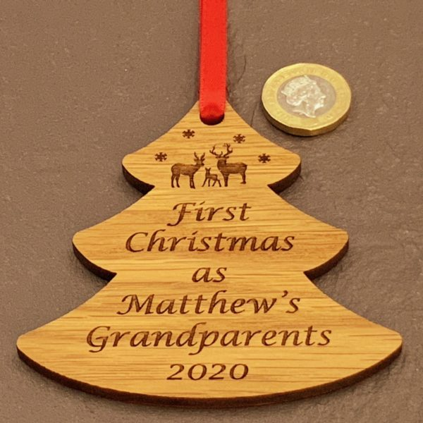 tree christmas bauble grandparent personalised 15