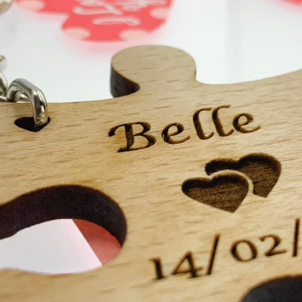 puzzle pieces beech keyring 12