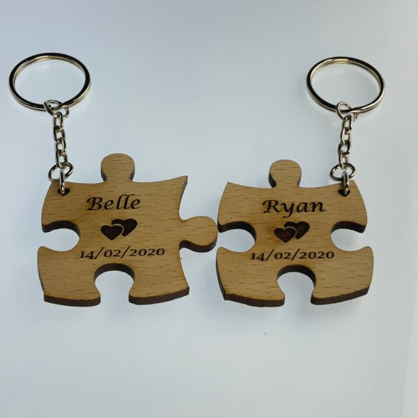 puzzle pieces beech keyring 13